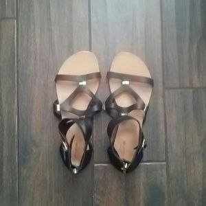 Mossimo Supply Co black and gold sandals